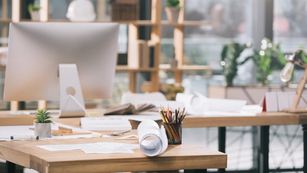 Cozy Architect workplace — Créer un visuel