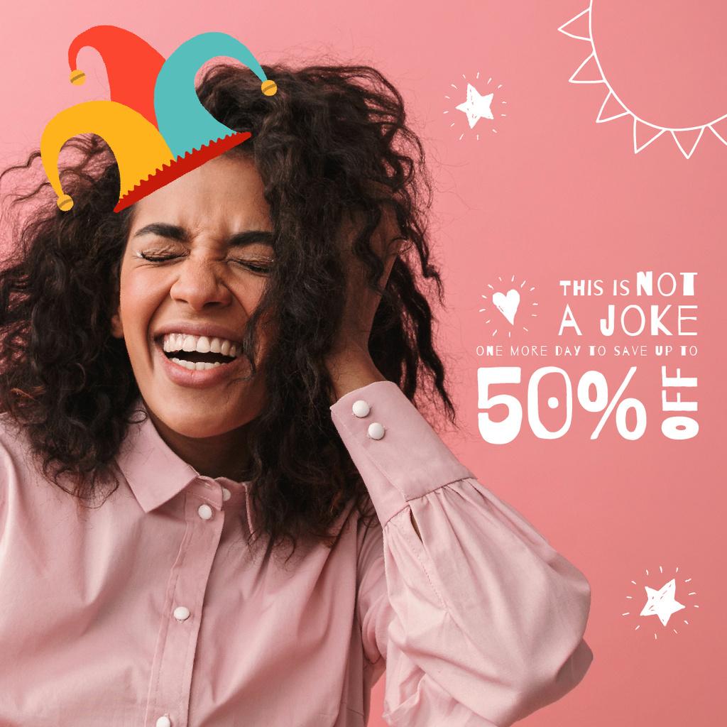 Happy girl in clown hat — Crear un diseño