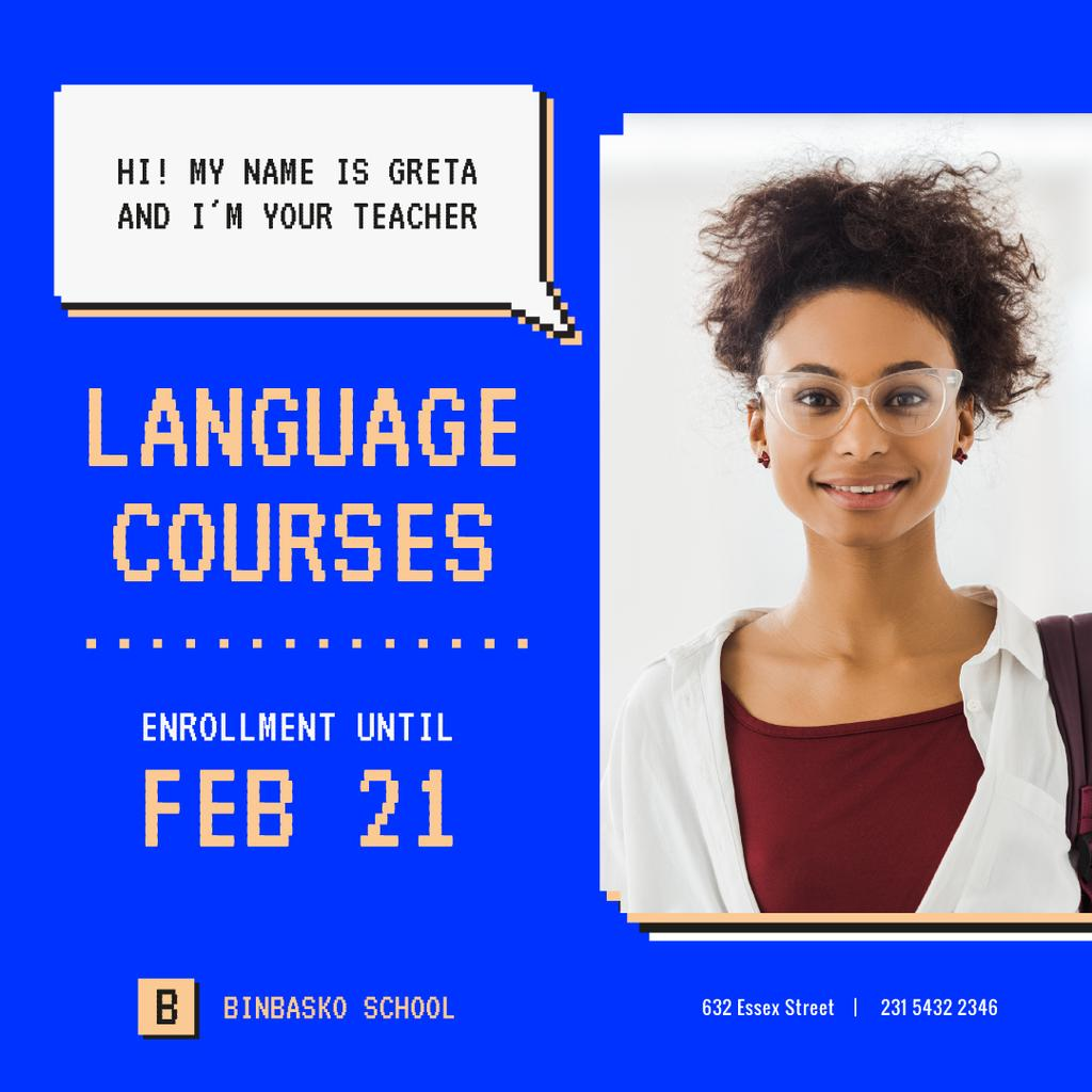 Language Courses Smiling Teacher in Glasses — ein Design erstellen