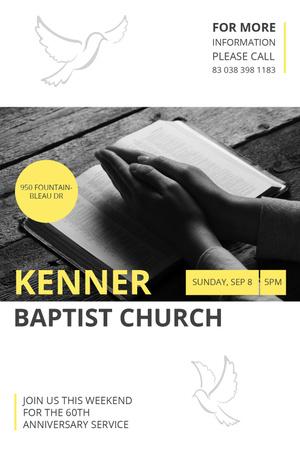 Ontwerpsjabloon van Tumblr van Prayer Invitation Hands on Bible Book