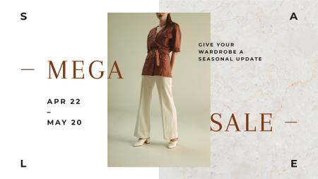 Fashion Sale Woman wearing Clothes in Brown FB event cover Modelo de Design