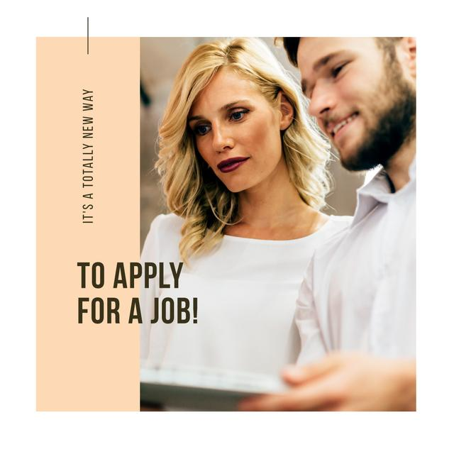 Plantilla de diseño de Apply for a job tips with Colleagues Instagram AD