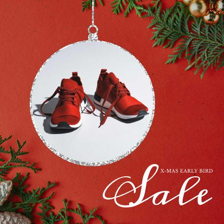 Modèle de visuel Xmas Offer Sport Shoes in Red - Animated Post