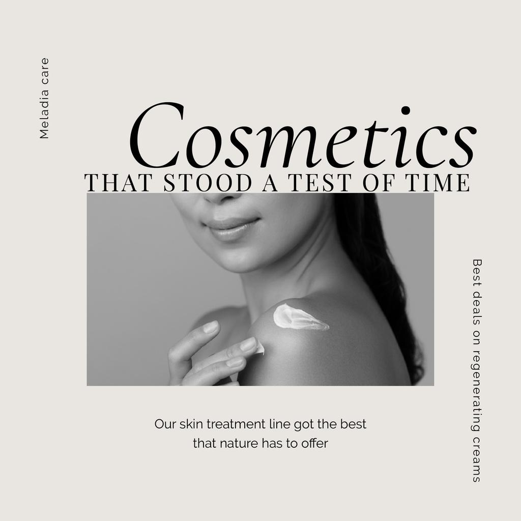 Cosmetics Offer with Woman applying cream — Créer un visuel