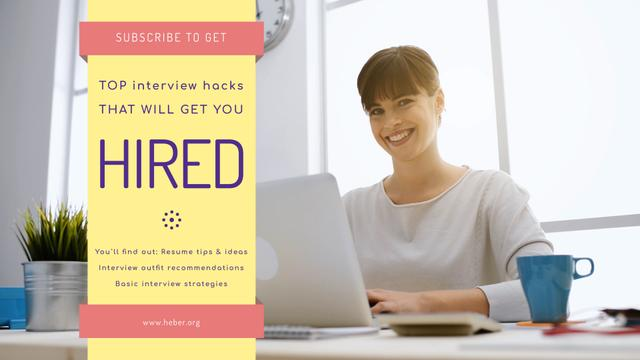 Plantilla de diseño de Online Courses Ad with Woman Typing on Laptop Full HD video