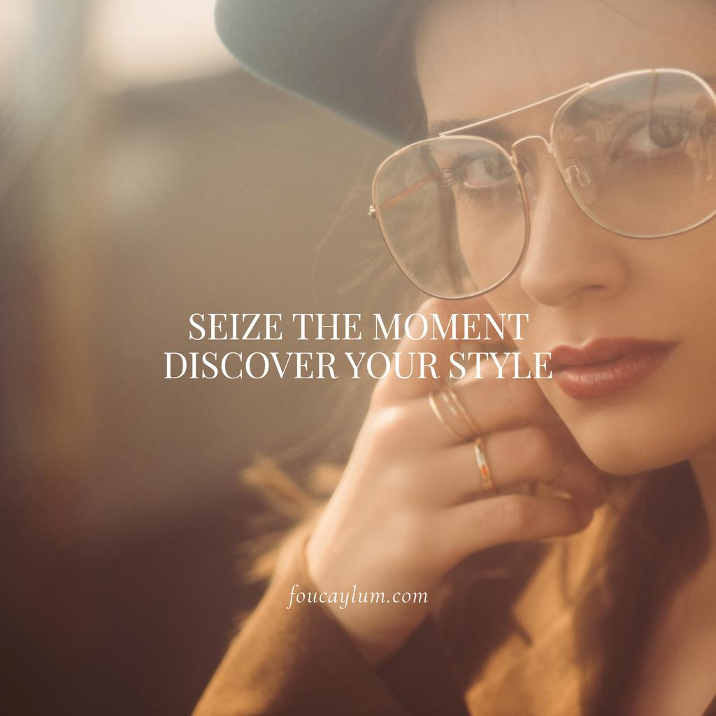 Fashion Quote with Stylish Woman in Vintage Outfit — Crear un diseño