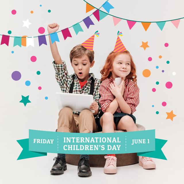 Happy little kids on Children's Day Instagramデザインテンプレート
