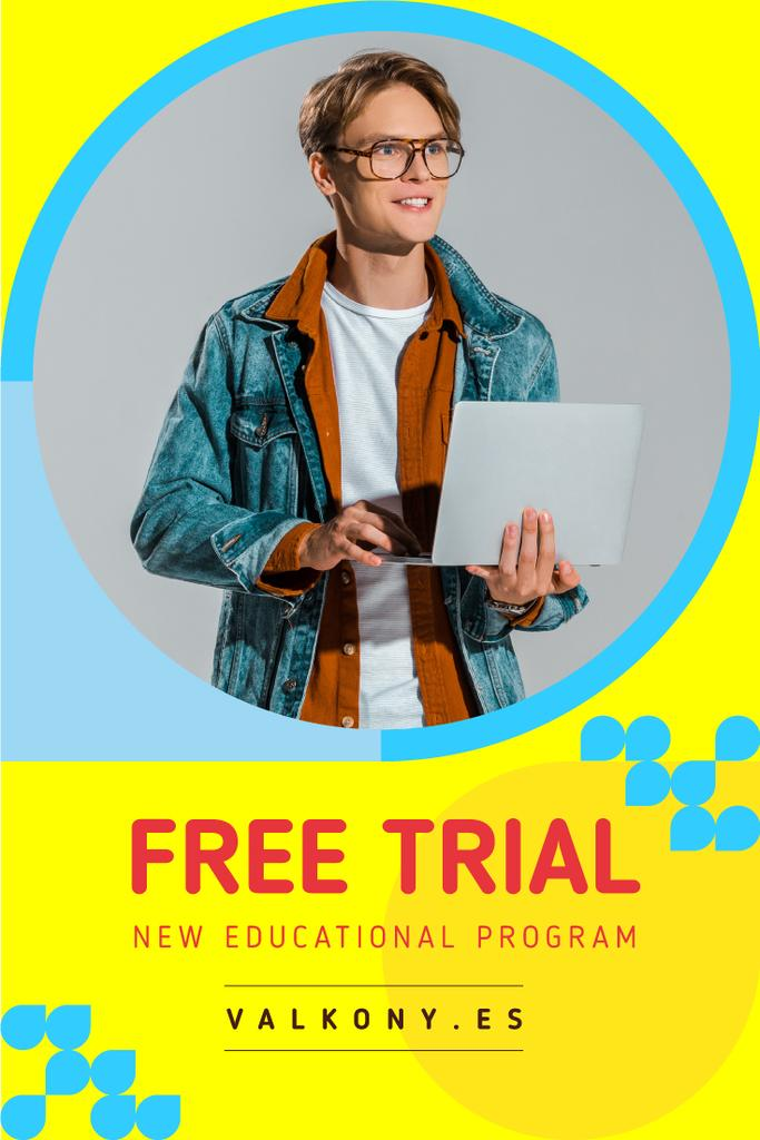 Education Courses Ad with Smiling Man with Laptop - Bir Tasarım Oluşturun