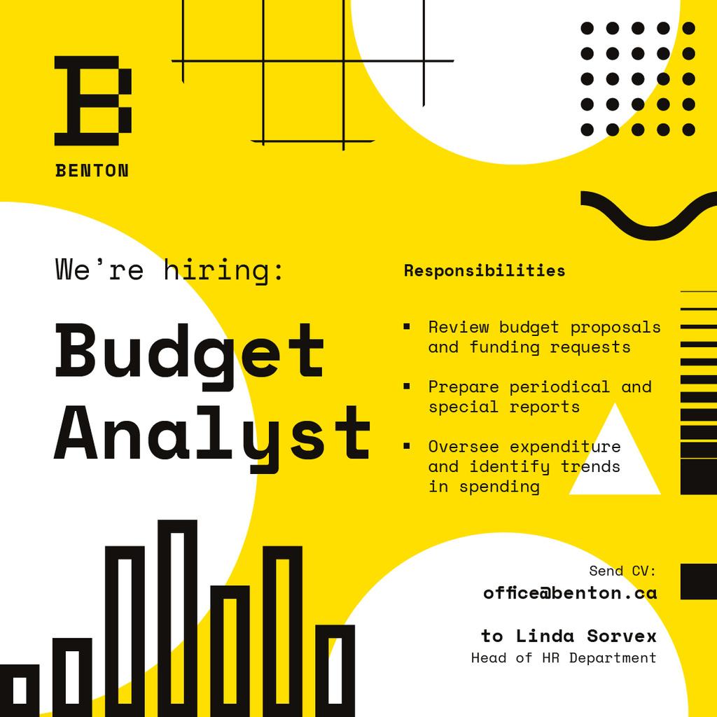 Job Offer on Geometric Background in Yellow — Maak een ontwerp