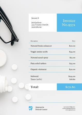 Dental Center Services with Pills Invoiceデザインテンプレート