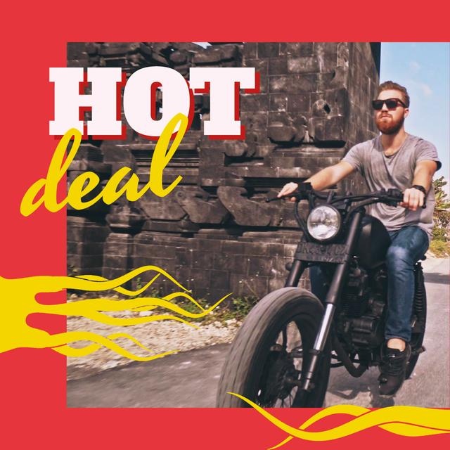 Template di design Man Riding Motorcycle on a Road Animated Post