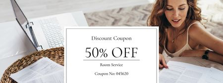Discount Offer on Room Services Coupon Modelo de Design