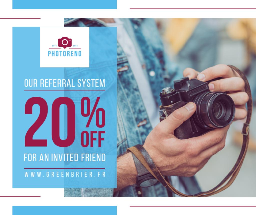 Sale Offer Man with Vintage Camera Facebook – шаблон для дизайну