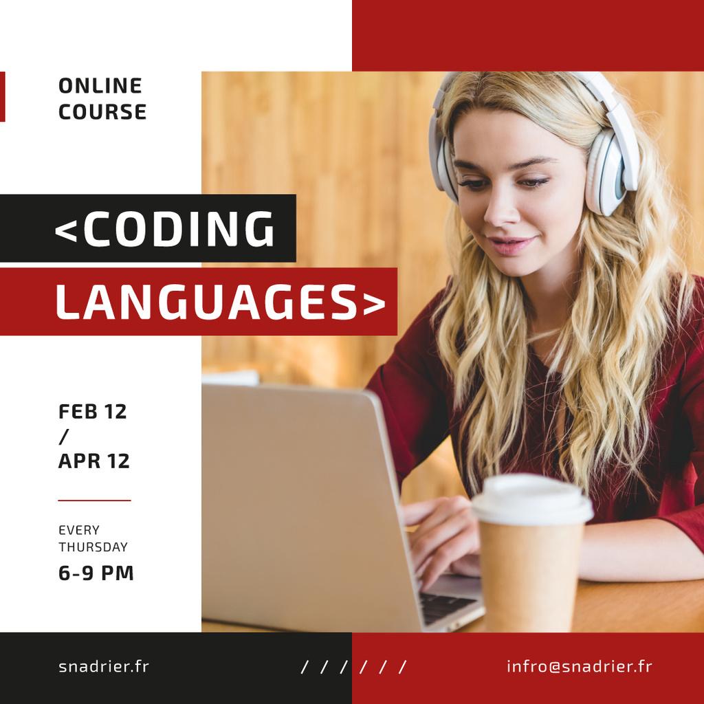 IT Courses Announcement Woman Working on Laptop — Создать дизайн