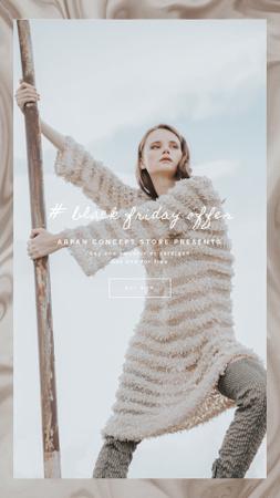 Modèle de visuel Fashionable Woman in Winter Clothes - Instagram Video Story