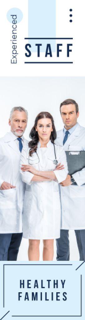 Team of Professional Doctors | Wide Skyscraper Template — Crea un design