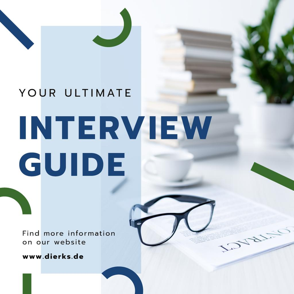 Job Interview Tips Business Papers on Table — Modelo de projeto