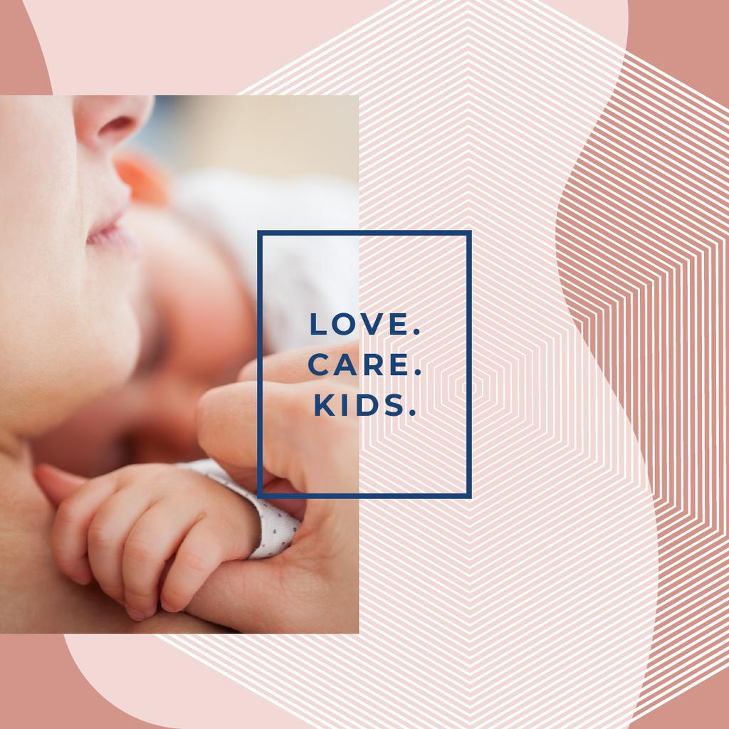 Mother embracing baby Instagram – шаблон для дизайну