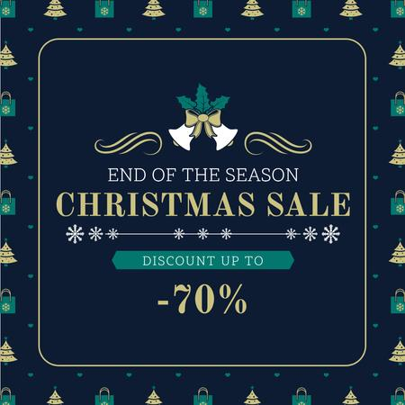 Merry Christmas tree and gifts sale Instagram AD Modelo de Design