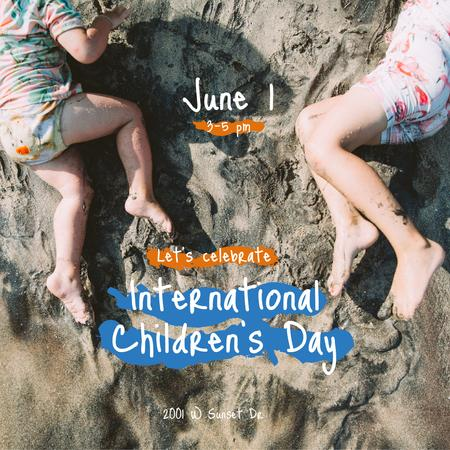 Kids having fun on sandy beach on Children's Day Instagramデザインテンプレート