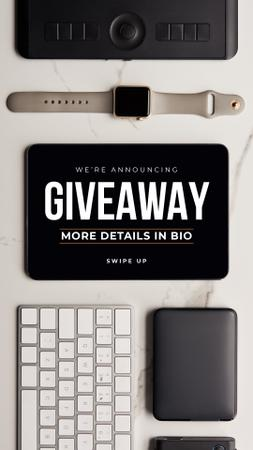 Plantilla de diseño de Giveaway Ad with Electronic Gadgets on table Instagram Story