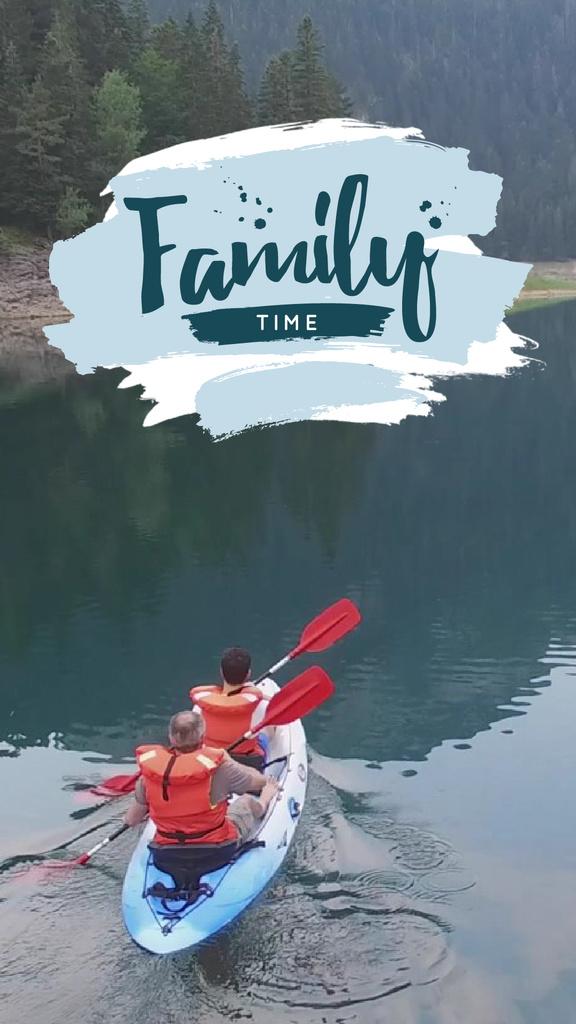 Rafting Tour Invitation with Family in Boat — Modelo de projeto