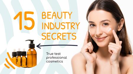 Beauty Blog Ad Woman Applying Cream Youtube Thumbnail Modelo de Design