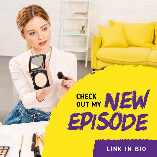 Beauty Blog Ad Woman Applying Makeup Instagram AD – шаблон для дизайна