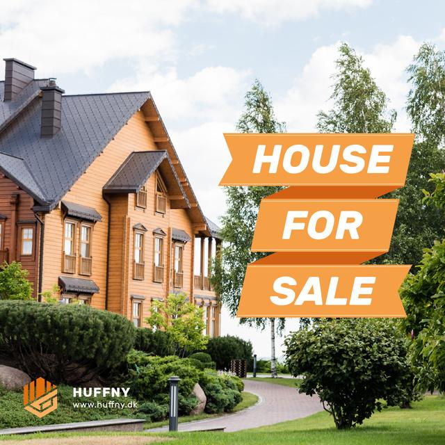 Designvorlage Real Estate Ad House Facade in Red für Instagram AD