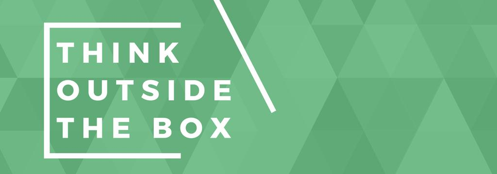 Think outside the box quote on green pattern — Créer un visuel