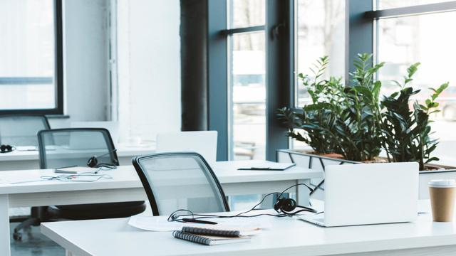 Template di design Light minimalistic Office Interior with glass chairs Zoom Background
