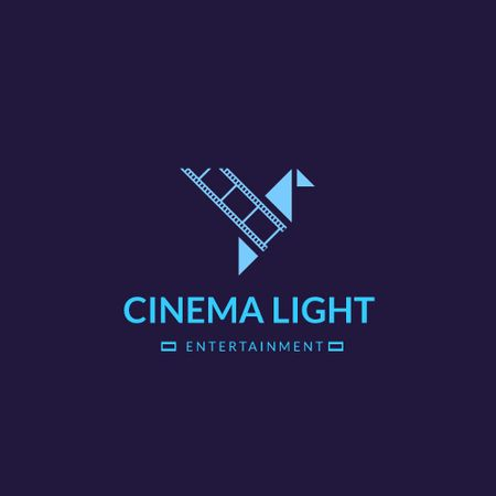 Plantilla de diseño de Cinema Club Ad with Film Icon Animated Logo