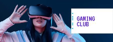 Woman using vr glasses Facebook cover Modelo de Design