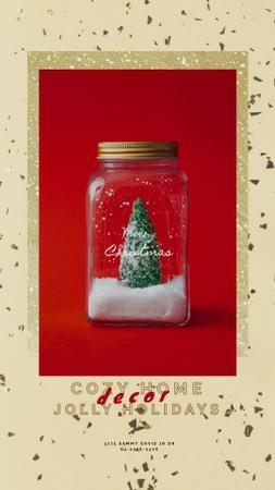 Modèle de visuel Christmas Greeting with Tree in Jar - Instagram Video Story