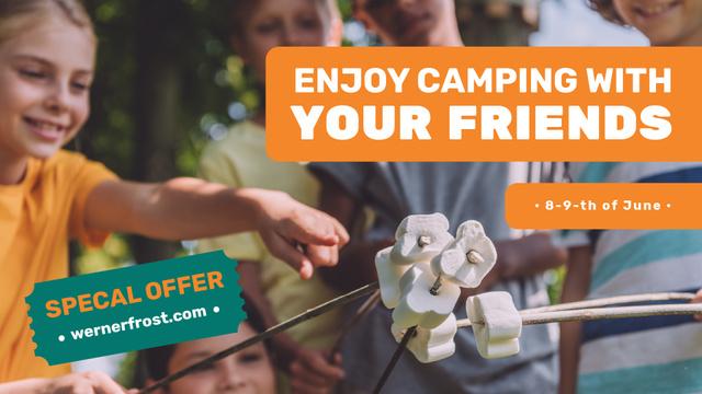 Ontwerpsjabloon van FB event cover van Summer Camp invitation Kids roasting marshmallow
