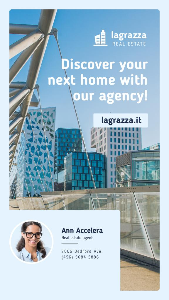 Real Estate Ad Modern Glass Buildings — ein Design erstellen