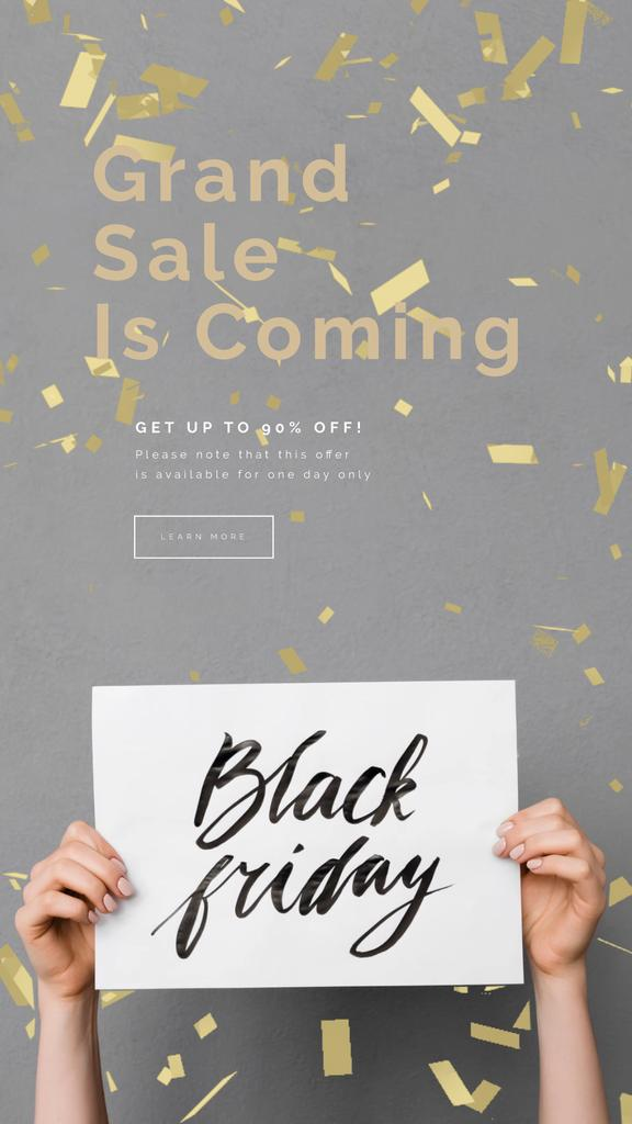 Black Friday Sale Placard in Hands Under Confetti | Vertical Video Template — Modelo de projeto