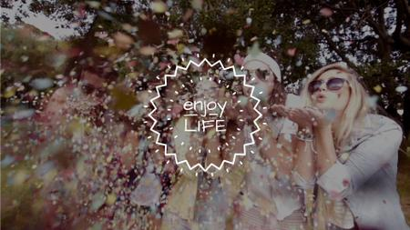 Plantilla de diseño de Happy People Blowing Confetti Full HD video