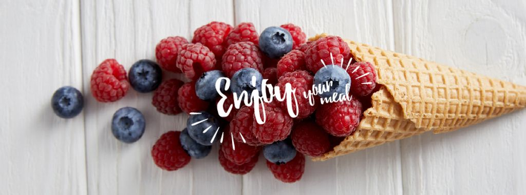 Raspberries and blueberries in cone — Maak een ontwerp