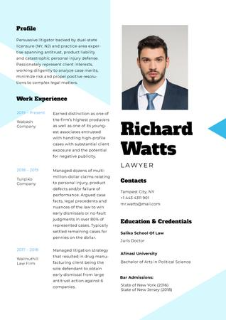 Plantilla de diseño de Professional Lawyer profile and experience Resume