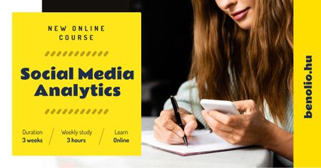 Social Media Course Woman with Notebook and Smartphone Facebook AD Modelo de Design