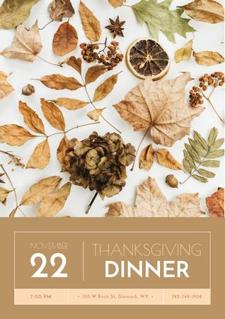 Thanksgiving Dinner Announcement on Dry autumn leaves Poster Modelo de Design