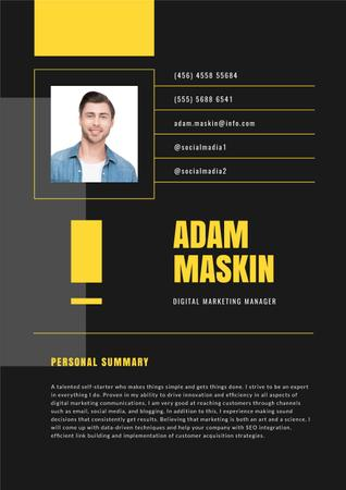 Plantilla de diseño de Marketing Manager professional profile Resume