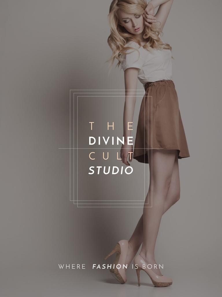 Fashion Studio Ad Blonde Woman in Casual Clothes — Modelo de projeto