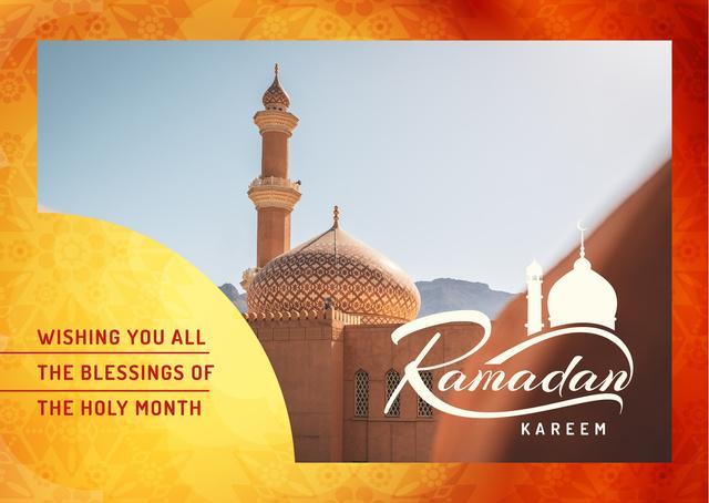 Plantilla de diseño de Ramadan Kareem Wishes with Muslim Mosque Building Postcard
