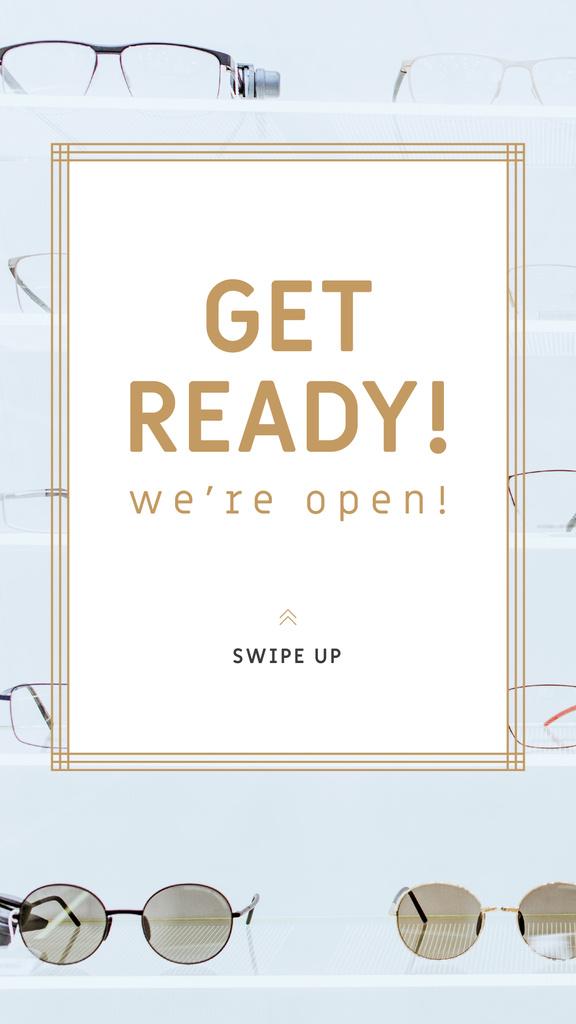 Glasses Store Opening Announcement — Crear un diseño