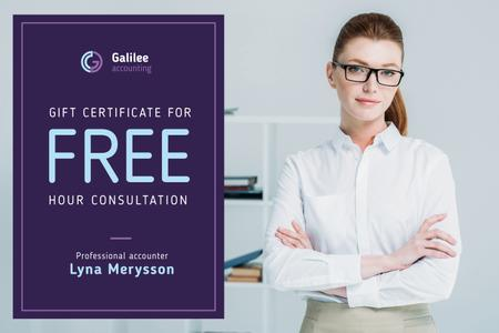 Business Consultation Offer with Confident Woman in Glasses Gift Certificate Modelo de Design