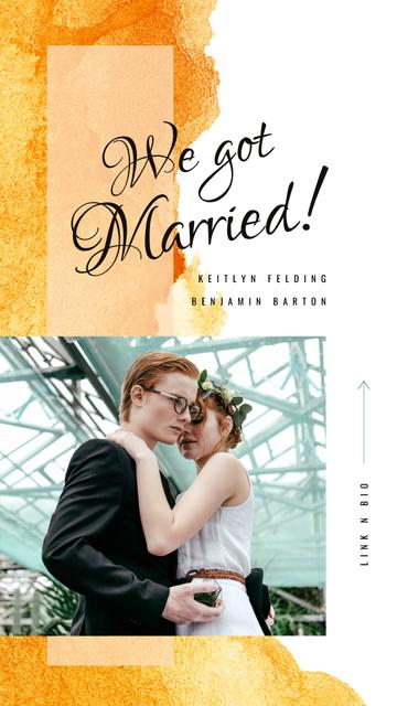 Happy Newlyweds on Wedding day Instagram Story Design Template