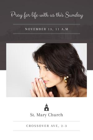 Church invitation with Woman Praying Tumblr Modelo de Design