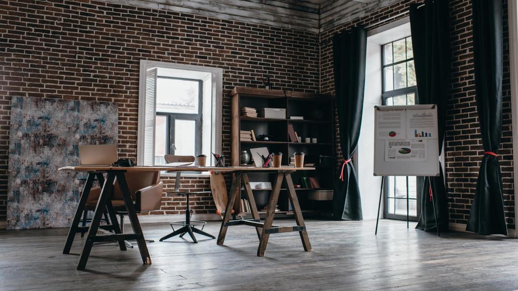 Cozy Design of Home Workplace — Créer un visuel